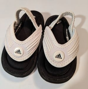 LIKE NEW adidas toddler thong sandals
